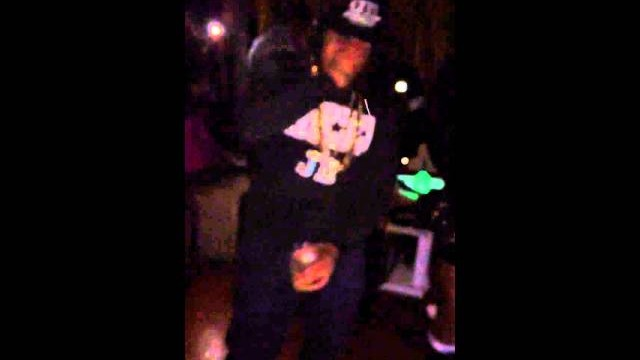 Primo from Hoodz5 was seen at club Bijou doing the shmoney