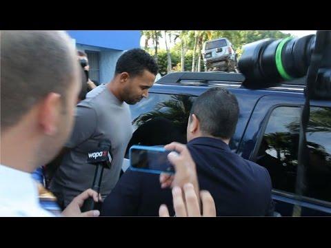 Don Omar Detenido: Don Omar Arrestado por Violencia De Género Don Omar Video Arresto